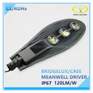 Hot Sales 150W IP67 LED Street Lamp with Photocell Control pictures & photos