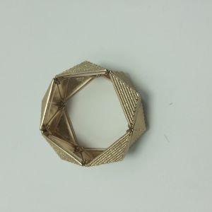 Wholesale Open Simple Metal Gold Bracelet/Bangle Fashion Jewellery pictures & photos