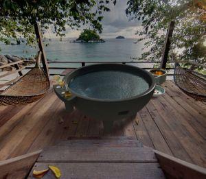 China Fiberglass Outdoor Hot Tub Spa Dutch Tubs Heater