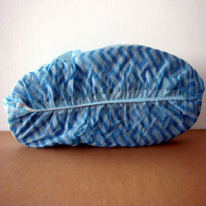 Disposable Non Woven Shoe Cover with Non-Slip White & Blue Colors pictures & photos