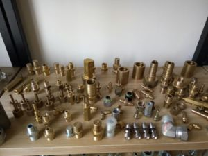 Male Staplelock Brass Fitting Mt SAE J1467 (67011) pictures & photos