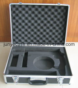Aluminum Case with Diamond Shape Panel and Cut-out Foam Insert pictures & photos