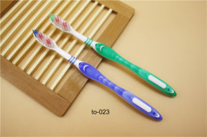 Hotel Amenities Toothbrush 4 Toothbrush Factory Manufacturer pictures & photos