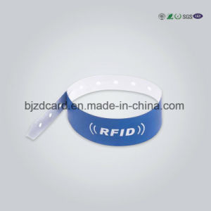 2017 Custom Fabric RFID Wristbands pictures & photos
