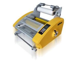 Semi-Automatic Paper Laminating Machine 3812 pictures & photos