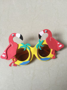 Professional OEM/ODM Factory Supply EVA Animal Sunglasses pictures & photos