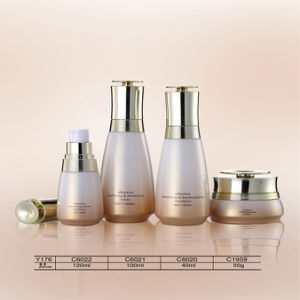 Luxury 20g - 120g Cosmetic Glass Skin Bleaching Cream Jars and Bottles pictures & photos