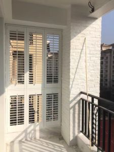 Wooden Shutter Windows and Doors pictures & photos