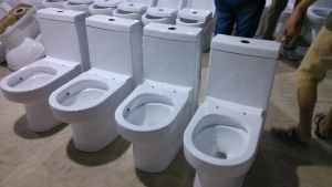 Siphonic Two Pieces Wc Toilet for South America Market pictures & photos