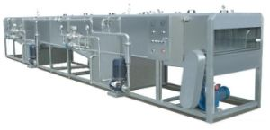 Industrial Use 4000b/H Continuous Bottle Spray Sterilizer pictures & photos