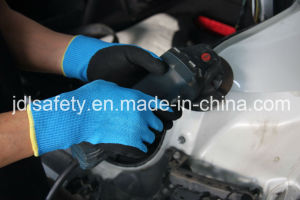 Sandy Nitrile Cut Resistant Work Glove (ND8061) pictures & photos