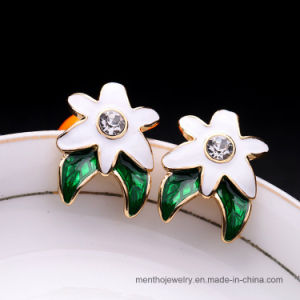 New Fashion Elegant Simple Star Shape Stud Earrings Jewelry pictures & photos