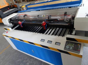 Big Area CNC Laser Double Heads Cutter Machine for Wood pictures & photos