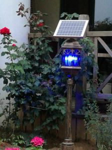 2016 New Design Solar Powered Mosquito Killing Lamp pictures & photos