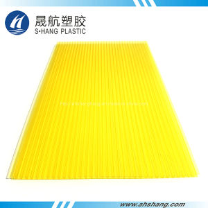 Yellow Plastic Polycarbonate Roofing Sheet with UV Coating pictures & photos