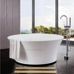 Fashionable Indoor Round Massage Whirlpool Bathtub (SF5F001) pictures & photos