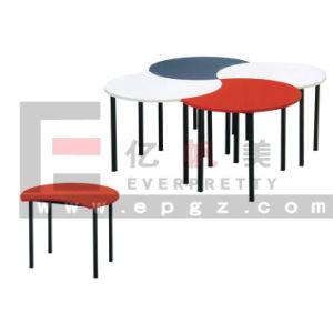 New Design Children Furniture Wooden Desk and Chair for Preschool and Kindergarten pictures & photos