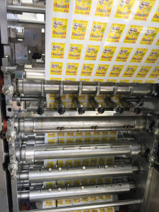 Sugar Four Side Sealing Multi-Line Packaging Machine pictures & photos