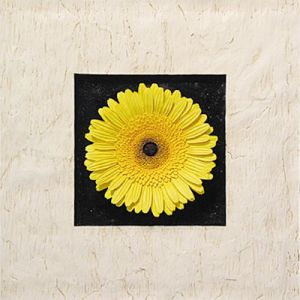 Resin Yellow Gerbera Flowers Wall-Mounted Decoration for Home Decoration or Hotel Decoration