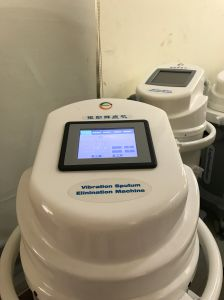 5.6′′ LCD Screen Vibration Sputum Elimination Machine Sem6800 pictures & photos