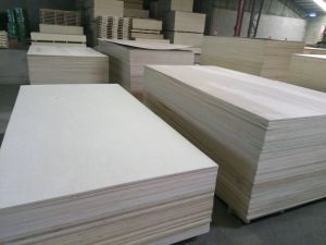 Nature Wood Veneer Faced Plywood pictures & photos