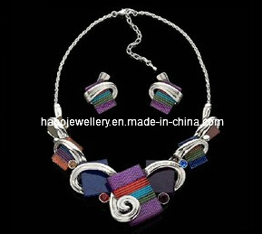 Fashion Square Stone Jewelry Necklace Set (XJW13219) pictures & photos