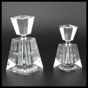 2016 Empty Crystal Perfume Bottle for Home Decoration (KS24082) pictures & photos