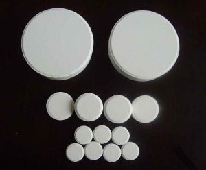 Chlorine Tablets/Powder/Granular for Swimming Pool pictures & photos