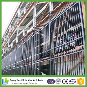 Spear Top Iron Bar Fence pictures & photos