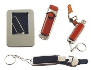 Leather USB Flash Drive with Metal Box Packing pictures & photos