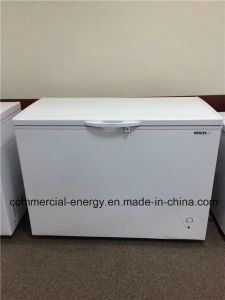 Solar Powered Chest Deep 12V Freezer Fridge pictures & photos