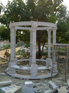 White Carrara Stone Sculpture  Marble Gazebo (SY-006) pictures & photos