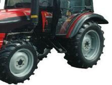 China Cheap Price 65HP 2WD Farm Tractor with CE pictures & photos