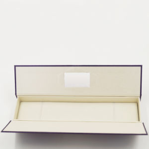 Hard Cardboard Gift Art Paper Box for Long Chain (J10-D1) pictures & photos