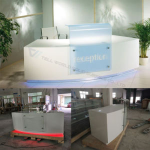 White with Green in The Middle Office Furniture Reception Desk/Front Desk pictures & photos