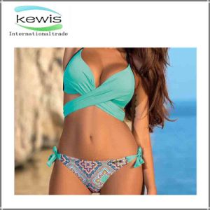 Women Two Pieces Colorful Girls Summer Swimwear pictures & photos