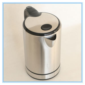 Good Quality Polished Style Silver Stainless Steel Strix Electric Kettle pictures & photos