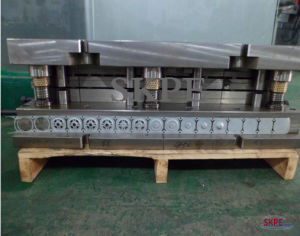 Progressive Stamping Mould for Metal Parts pictures & photos