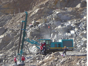 Sunward Good Quality Hydraulic Down-The-Hole Drill Good Price pictures & photos