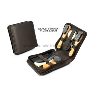 Classic Black Leather Man′s Travel Shoe Care Set Shoe Shine Kit pictures & photos