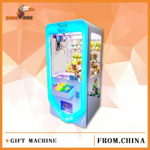 Hot Selling Crane Claw Vending Toy Games Machine pictures & photos