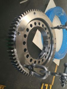Crawler Excavator Hitachi Ex200 Ex120 Slewing Ring pictures & photos