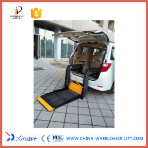 Hydraulic Wheelchair Lifts for The Disabled CE Certificate pictures & photos