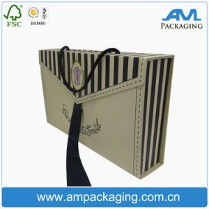 Lingerie Packaging Cardboard Box Handles Folding Box for Clothing pictures & photos