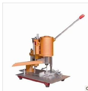 Electric Punching Machine Hole Puncher (WD-150) pictures & photos