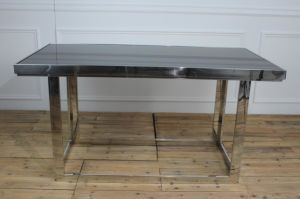 Luxury Stainless Steel with Balck Glass Top Dining Table pictures & photos
