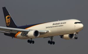 Door-to-Door Consolidate Express Delivery From China to Dubai, UAE pictures & photos