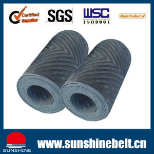 Sunshine Rubber Conveyor Belt Ep150/Nn150 10MPa Chevron Belt Cold Resistant and Heat Resistant pictures & photos