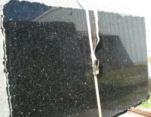 Emerald Pearl Green Granite Tiles, Slabs, Tops, Stone Tile pictures & photos