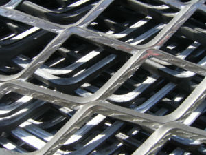 Heavy Duty Galvanized Steel Diamond Flat Plate Expanded Metal Mesh pictures & photos